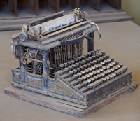Bodie Typewriter courtesy of PDPhoto.org